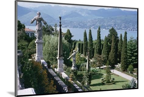 Isola Bella, Completed in 1670 for Count Borromeo, Lake Maggiore, Piedmont, Italy-Walter Rawlings-Mounted Photographic Print
