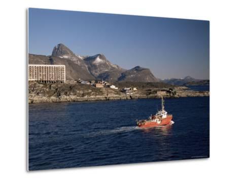 Godthabsfjord, Nuuk, Greenland, Polar Regions-Gavin Hellier-Metal Print