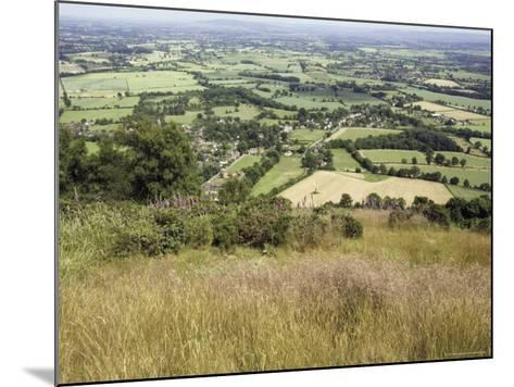 The Vale of Evesham from the Main Ridge of the Malvern Hills, Worcestershire, England-David Hughes-Mounted Photographic Print