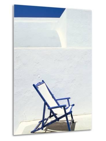 Deckchair Against Whitewashed Wall, Imerovigli, Santorini (Thira), Cyclades Islands, Greece-Lee Frost-Metal Print