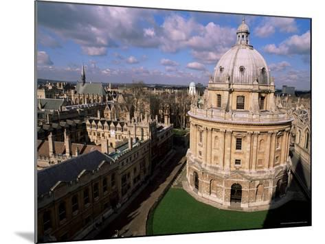 The Radcliffe Camera, Oxford, Oxfordshire, England, United Kingdom-Duncan Maxwell-Mounted Photographic Print
