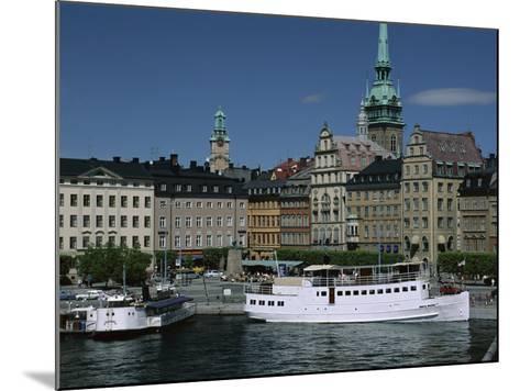 Munkbroleden Waterfront, Gamla Stan (Old Town), Stockholm, Sweden, Scandinavia-Duncan Maxwell-Mounted Photographic Print