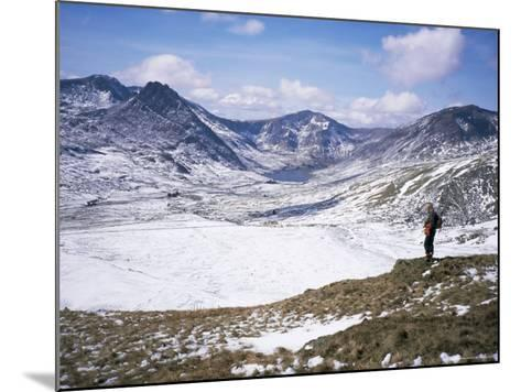 Winter Walking in the Carneddau Mountains, Snowdonia National Park, Wales, United Kingdom-Duncan Maxwell-Mounted Photographic Print