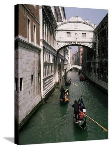 Bridge of Sighs and Gondolas, Venice, Veneto, Italy-Roy Rainford-Stretched Canvas Print