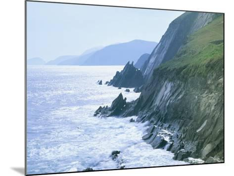 Slea Head, Dingle Peninsula, County Kerry, Munster, Republic of Ireland (Eire)-Roy Rainford-Mounted Photographic Print
