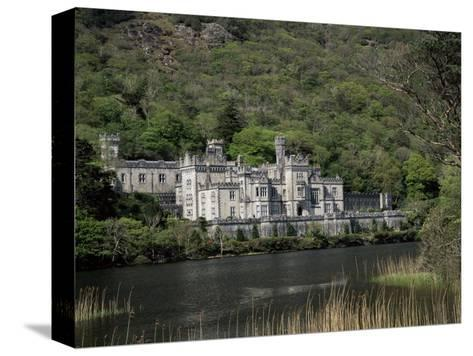 Kylemore Abbey, County Galway, Connacht, Eire (Republic of Ireland)-Roy Rainford-Stretched Canvas Print