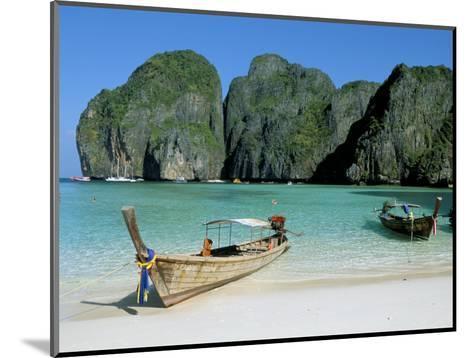 Ao Maya, Phi Phi Le, Ko Phi Phi, Krabi Province, Thailand, Southeast Asia-Bruno Morandi-Mounted Photographic Print