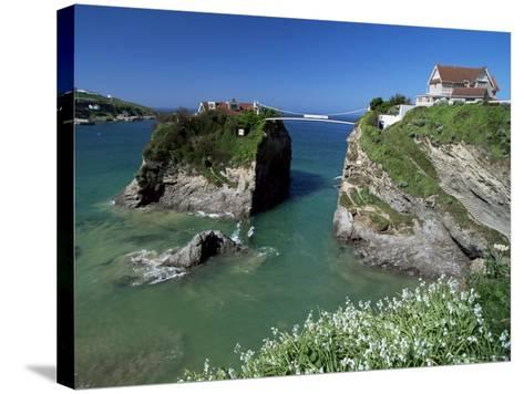 The Island off Towan Beach, Newquay, Cornwall, England, United Kingdom-Robert Francis-Stretched Canvas Print