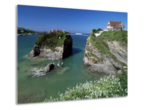 The Island off Towan Beach, Newquay, Cornwall, England, United Kingdom-Robert Francis-Metal Print