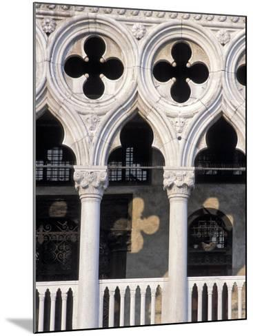 Italie, Venise / Italy, VenicePlace St. Marc, Doges Palace DetailDetail of the Doges Palace-Guy Thouvenin-Mounted Photographic Print
