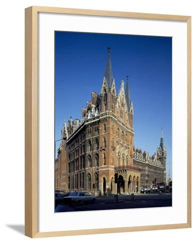 St. Pancras Railway Station, London, England, United Kingdom-Loraine Wilson-Framed Art Print