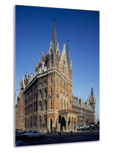 St. Pancras Railway Station, London, England, United Kingdom-Loraine Wilson-Metal Print