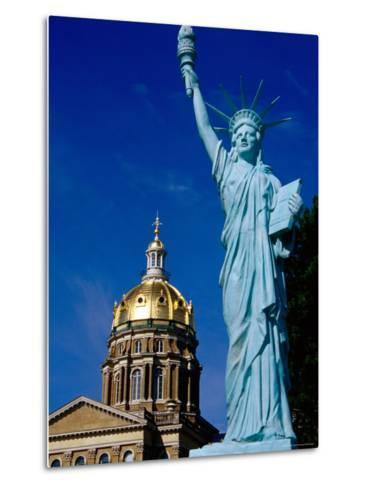 Statue of Liberty, State Capitol Grounds, des Moines, Iowa-Richard Cummins-Metal Print