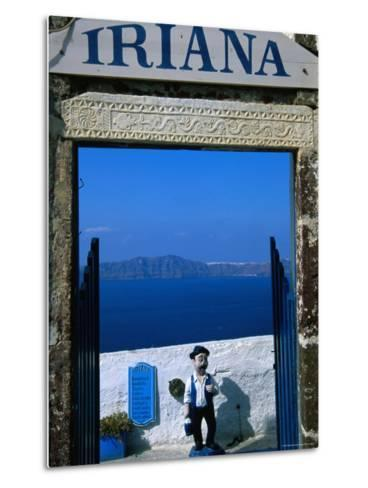 Iriana Cafe and Bar, Santorini, Greece-Glenn Beanland-Metal Print