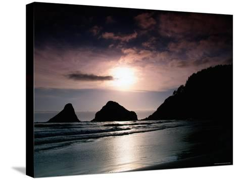 Rocky Outcrops Silhouetted, Heceta Head State Beach, Florence, Oregon-Richard Cummins-Stretched Canvas Print