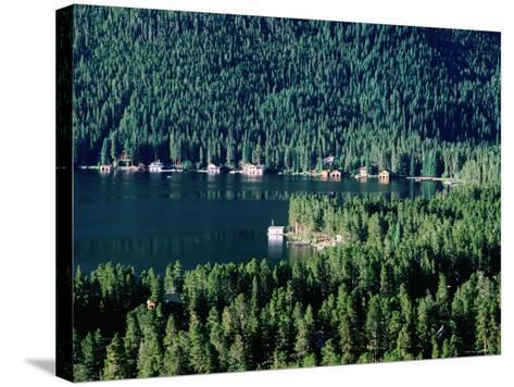 Lakefront Homes, Grand Lake, Rocky Mountain National Park, Colorado-Holger Leue-Stretched Canvas Print
