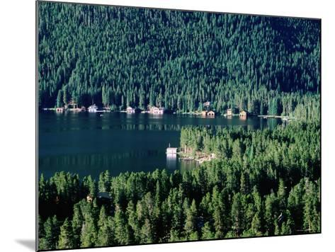 Lakefront Homes, Grand Lake, Rocky Mountain National Park, Colorado-Holger Leue-Mounted Photographic Print