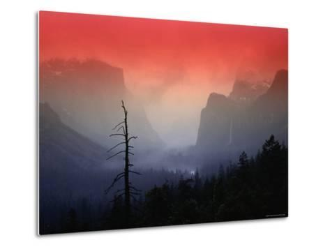 The Angular Beauty of the Yosemite Valley Is Awash with Natural Pastel Light Tones-Thomas Winz-Metal Print