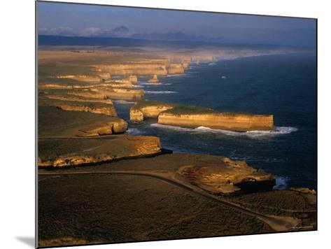 Coastline, Port Campbell National Park, Victoria, Australia-Peter Hendrie-Mounted Photographic Print