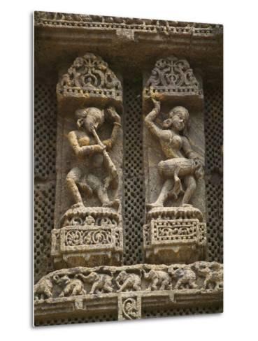Details of Bas Relief of Orissa Dancers at Sun Temple, Konark, Orissa, India-Keren Su-Metal Print