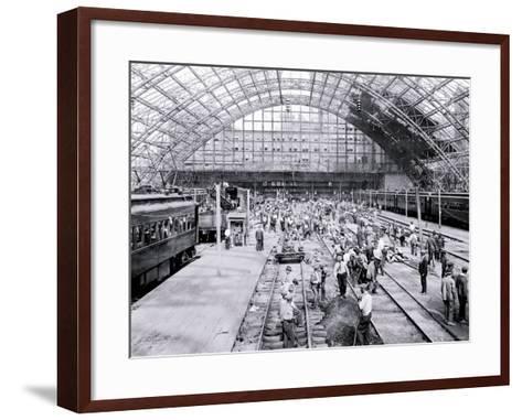 Inside Reading Terminal, Philadelphia, Pennsylvania Photo by | Art.com