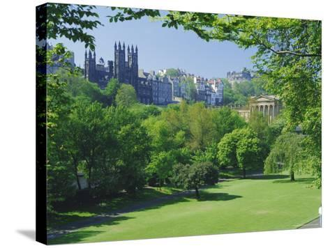 National Gallery and Princes Street Gardens, Edinburgh, Lothian, Scotland, UK, Europe-Peter Scholey-Stretched Canvas Print