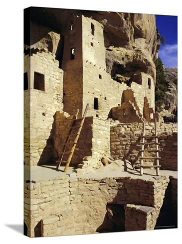 Cliff Palace, Mesa Verde, Anasazi Culture, Colorado, USA-Walter Rawlings-Stretched Canvas Print