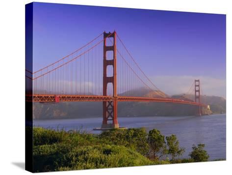 Golden Gate Bridge, San Francisco, California, USA-Gavin Hellier-Stretched Canvas Print