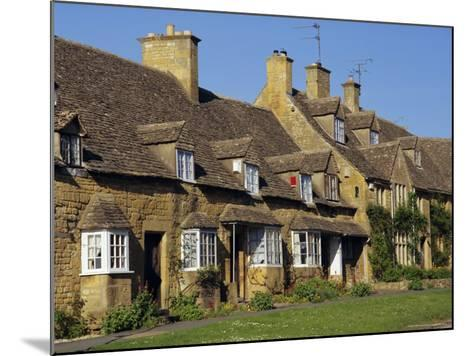 Elizabethan Cottages, Broadway, the Cotswolds, Hereford & Worcester, England, UK, Europe-Charles Bowman-Mounted Photographic Print
