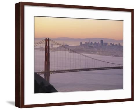 Golden Gate Bridge, San Francisco, California, USA-Ruth Tomlinson-Framed Art Print