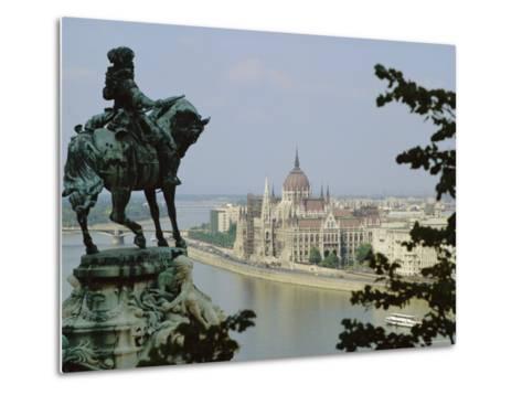 Budapest, Hungary-Julia Thorne-Metal Print