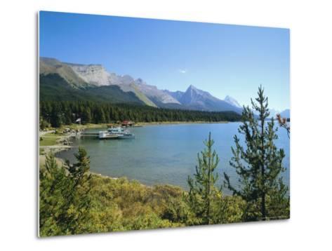 Maligne Lake, Jasper National Park, Rocky Mountains, Alberta, Canada-Hans Peter Merten-Metal Print