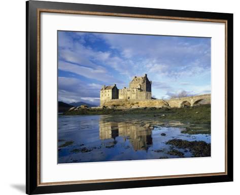 Eilean Donan Castle, Highlands, Scotland, UK-Roy Rainford-Framed Art Print
