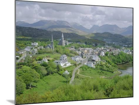 Clifden, Connemara, County Galway, Connacht, Republic of Ireland (Eire), Europe-Roy Rainford-Mounted Photographic Print