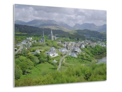 Clifden, Connemara, County Galway, Connacht, Republic of Ireland (Eire), Europe-Roy Rainford-Metal Print