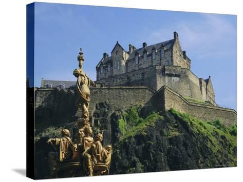 Edinburgh Castle, Edinburgh, Lothian, Scotland, UK, Europe-Roy Rainford-Stretched Canvas Print