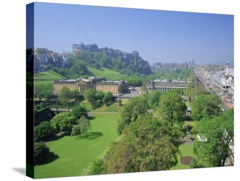 Edinburgh Castle and Gardens, Edinburgh, Lothian, Scotland, UK, Europe-Roy Rainford-Stretched Canvas Print