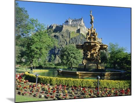 The Castle from Princes Street Gardens, Edinburgh, Lothian, Scotland, UK, Europe-Kathy Collins-Mounted Photographic Print