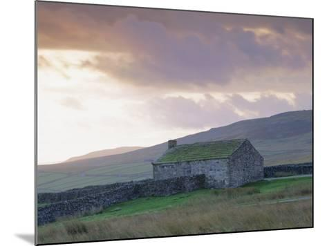 Farm Building, Swaledale, Yorkshire Dales National Park, Yorkshire, England, UK, Europe-Mark Mawson-Mounted Photographic Print