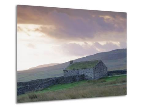 Farm Building, Swaledale, Yorkshire Dales National Park, Yorkshire, England, UK, Europe-Mark Mawson-Metal Print