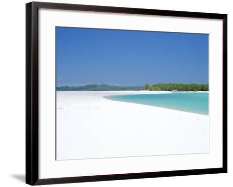 Whitehaven Beach on the East Coast, Whitsunday Island, Queensland, Australia-Robert Francis-Framed Art Print