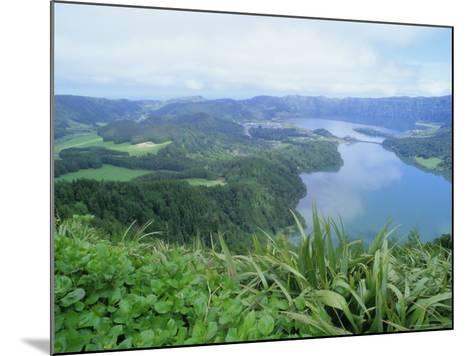 Sete Citades Lakes, Sao Miguel Island, Azores, Portugal, Europe, Atlantic Ocean-J P De Manne-Mounted Photographic Print