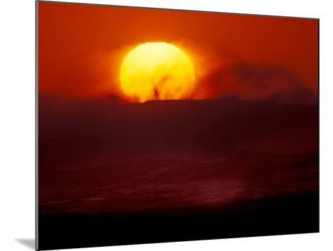 Waves and Sun, Cannon Beach, Oregon, USA-Art Wolfe-Mounted Photographic Print