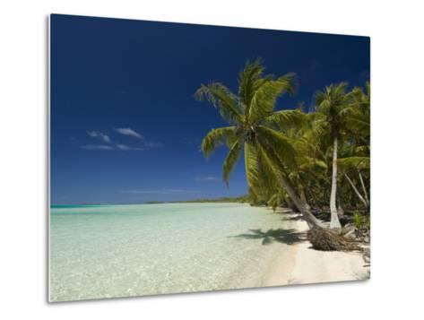Fakarawa, Tuamotu Archipelago, French Polynesia, Pacific Islands, Pacific-Sergio Pitamitz-Metal Print