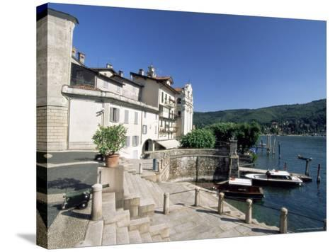 Isola Bella, Boromean Islands, Lake Maggiore, Italian Lakes, Piemonte (Piedmont), Italy, Europe-Sergio Pitamitz-Stretched Canvas Print