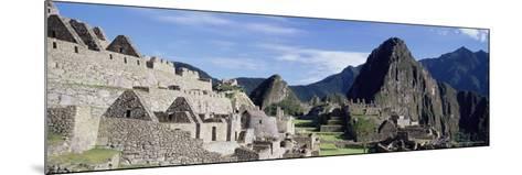 Ruins of Inca City, Machu Picchu, Unesco World Heritage Site, Urubamba Province, Peru-Gavin Hellier-Mounted Photographic Print