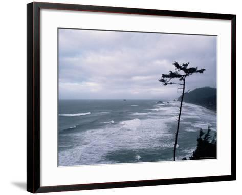 Waves Crashing into Rocks on the Pacific Coast, Oregon, United States of America, North America-Aaron McCoy-Framed Art Print