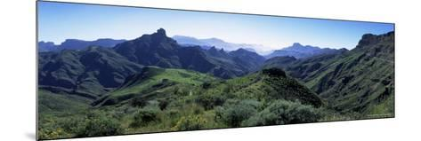 View West from Route Gc210, with Roque Bentayga on the Left, Gran Canaria, Canary Islands, Spain-Kim Hart-Mounted Photographic Print