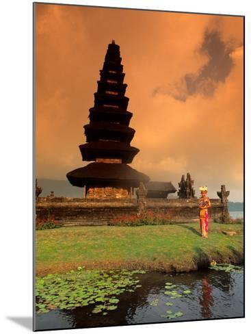 Bride in Traditional Dress in Ulur Danu Temple, Lake Bratan, Bali, Indonesia-Bill Bachmann-Mounted Photographic Print