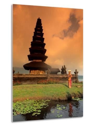 Bride in Traditional Dress in Ulur Danu Temple, Lake Bratan, Bali, Indonesia-Bill Bachmann-Metal Print